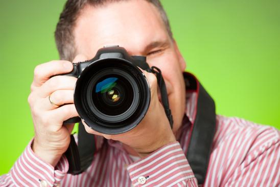 צלם עם מצלמה